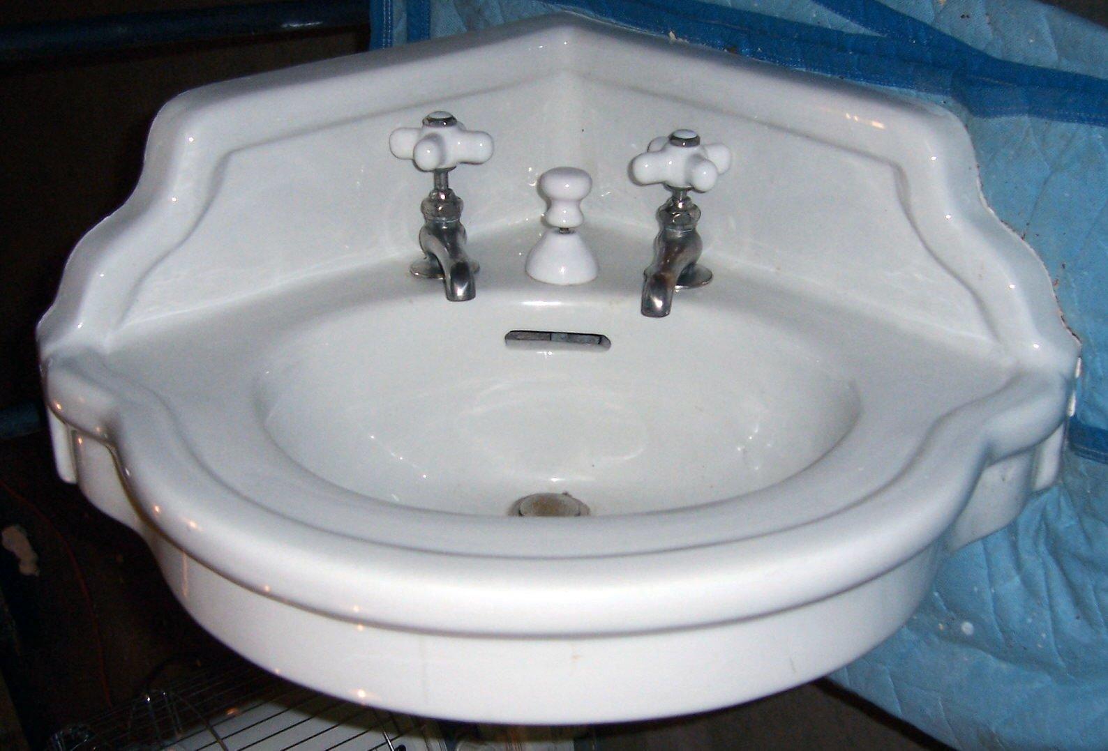 Antique Corner Sink : Crane ?Clifton? 20? x 20? x 26? China Corner Sink?$675