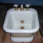 "Standard Enameled Cast Iron Foot Bath, 22"" x 22"" ...$1900"
