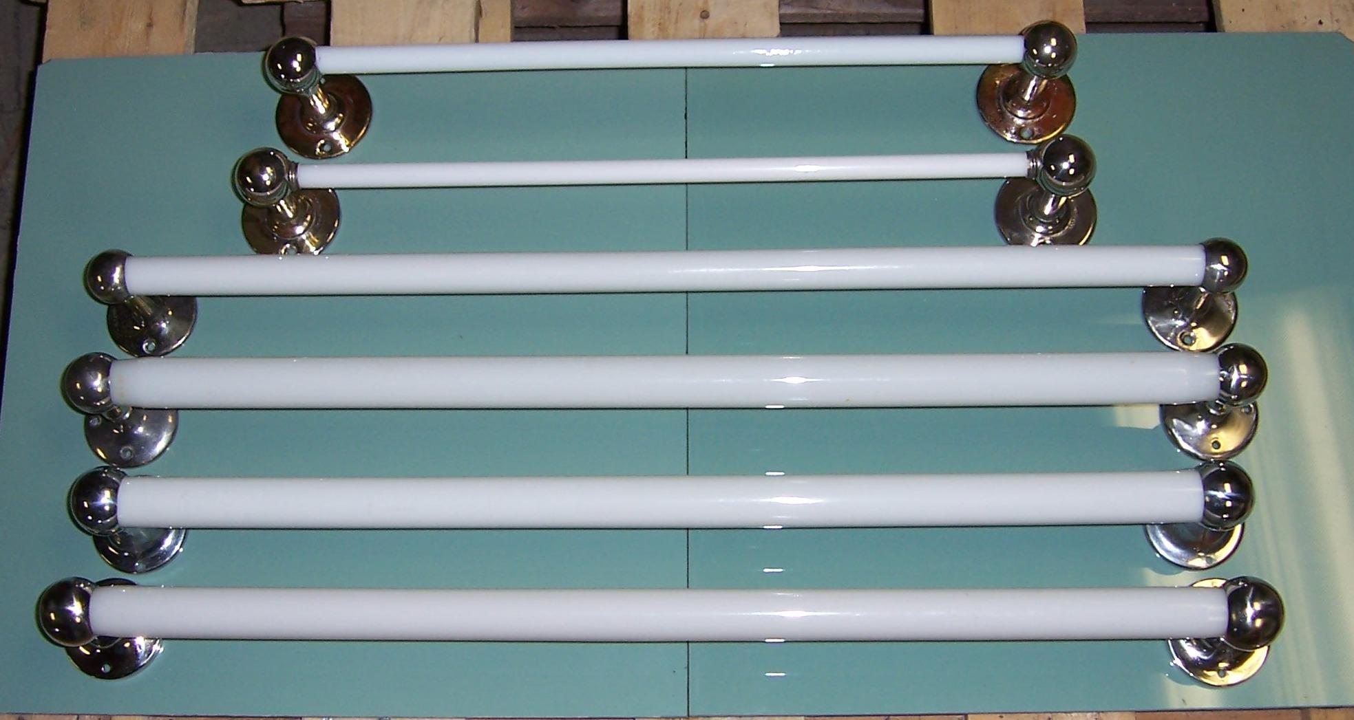 Towel Bars | VintageBathroom