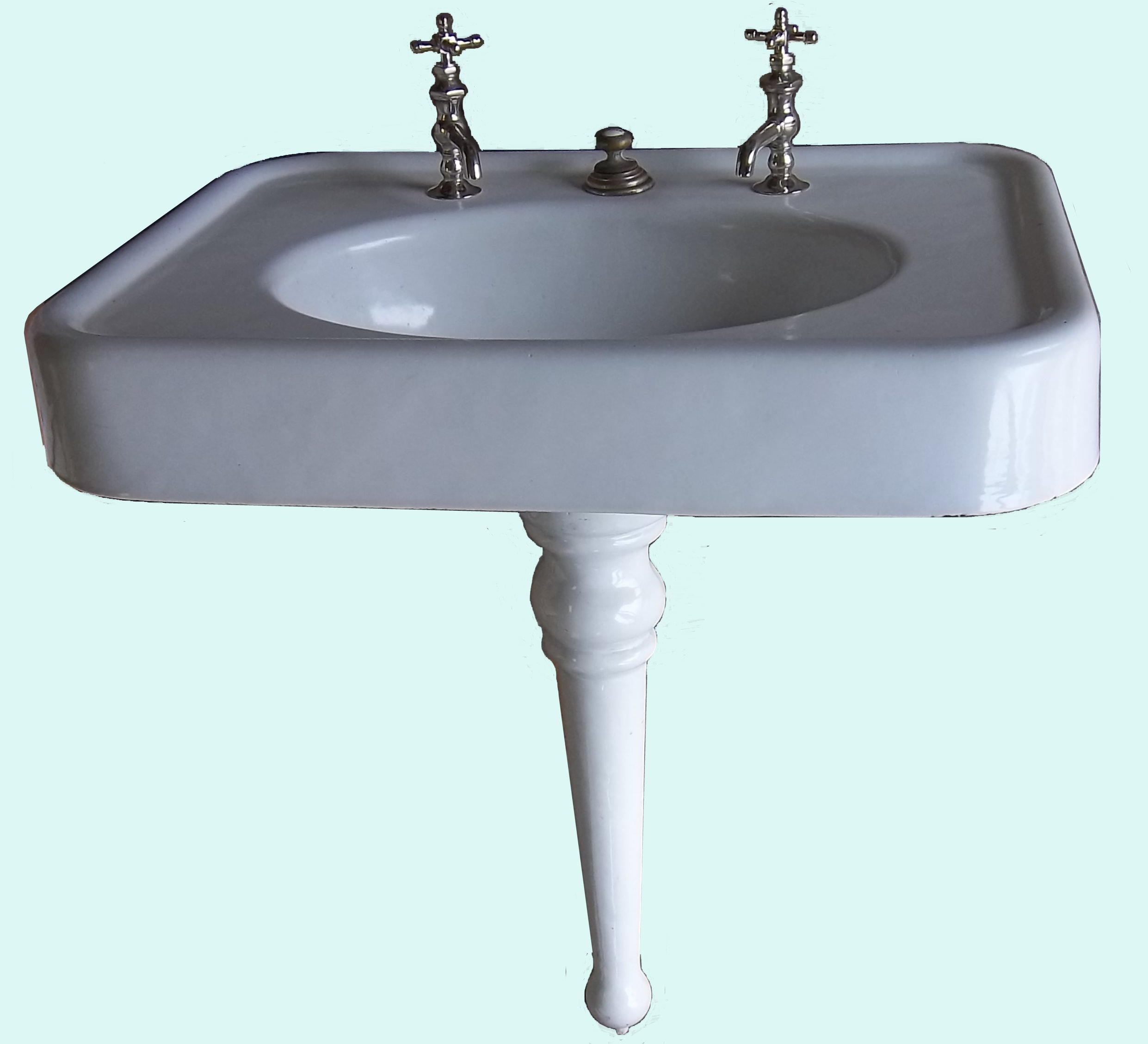 Pedestal sinks vintagebathroom for Pedestal sink with metal legs